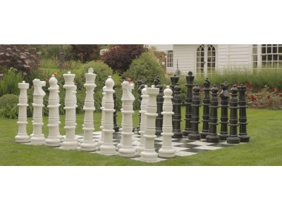 Uber Giant Chess Pieces